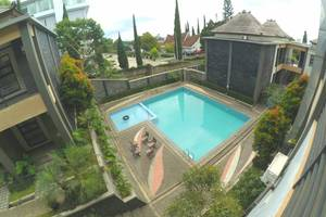 Grand Hani Hotel Lembang - Kolam Renang