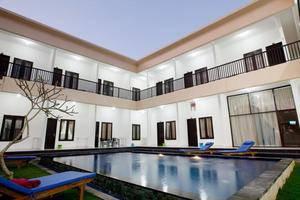Seminyak Point Guest House Bali - Pool