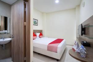 OYO 115 Portal Residence Jakarta - Bedroom