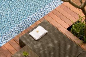 Hotel Santika Kuta Bali - Kursi Malas