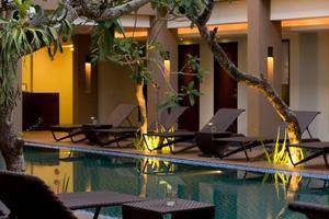Hotel Santika Kuta Bali - Pemandangan di Malam Hari