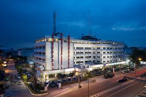 Garuda Plaza Hotel