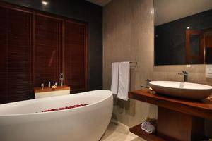 Casa Bonita Villas Bali - Kamar mandi