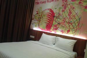 Front One Hotel Purwodadi Grobogan - Kamar Superior