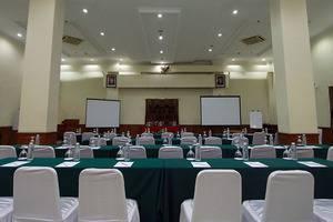 Horison Karang Setra Resorts Bandung - Cemara Room