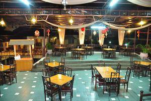 Horison Karang Setra Resorts Bandung - Restaurant
