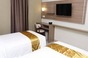 Hotel Faustine by Conary Semarang - Smart Room