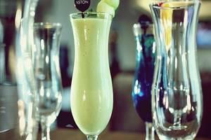 Aston Pluit - Minuman