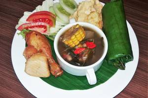 Odua Bekasi Hotel Bekasi - Nasi Timbel Komplit