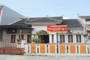 Simply Homy Guest House Monjali 1 Yogyakarta - Tampilan Luar Hotel