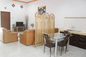 Simply Homy Guest House Monjali 1 Yogyakarta - Ruang makan