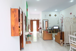 Simply Homy Guest House Monjali 1