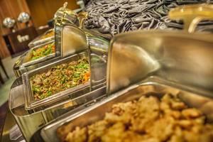 The Mirah Hotel Bogor - Food & Beverage