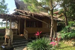 Resort Alamanda Garut - Bungalow Amarilis