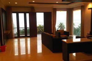 Surya Kencana Seaside Hotel Pangandaran - Ruang tamu FS