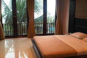 Surya Kencana Seaside Hotel Pangandaran - Kamar tidur utama FS