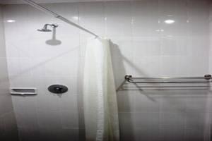 Hotel Puri Nusantara Bali - Kamar mandi