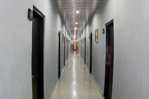 Shunda Hotel Bali - hallway