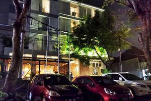 Ivory By Ayola Hotel Bandung - Hotel Building
