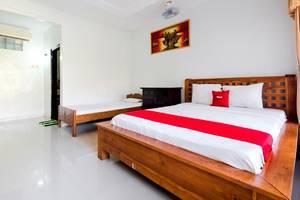 RedDoorz @Poppies Lane 1 Bali - Guestroom
