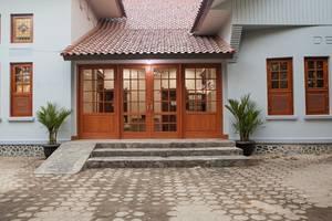 Dewi Inn Guesthouse