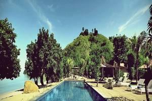 Plataran Komodo Resort Flores - Kolam Renang