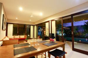 Villa Wena Seminyak Bali - Dining