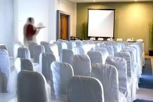 Cirebon Plaza Hotel Cirebon - Ruang Rapat