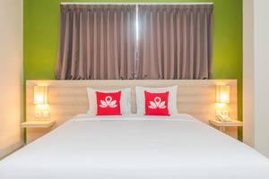 ZenRooms Denpasar Jalan Salak - Tampak tempat tidur double