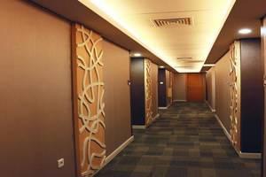 Citihub Hotel  Surabaya - Koridor