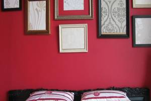 Rose Chamber Bed And Breakfast Bandung - Kamar Deluxe