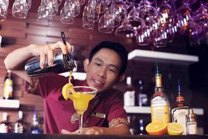 Grand Hatika Hotel Belitung - Bar Kikarak Lounge
