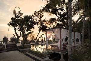 Seminyak Beach Resort Bali - Cabana Sanje Lounge