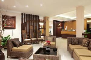 Kertanegara Premium Guest House Malang - Lobi