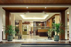Kertanegara Premium Guest House Malang - Entrance