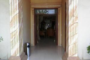 Hotel Madani Jogja - Eksterior