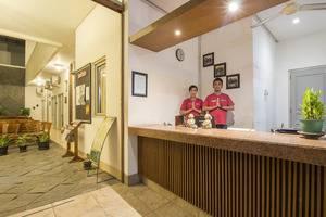 Hotel Poncowinatan Yogyakarta - Area Front Office