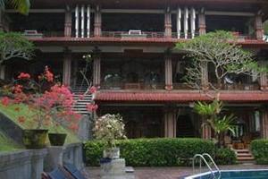Artini 3 Cottages Bali - Tampilan Luar