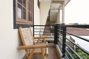 RedDoorz @Mataram Kuta 2 Bali - Balkon