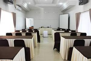 Pesona Bay Sea View Hotel Bangka - Meeting Room