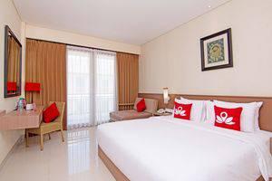 ZenRooms Benesari 6 Legian Kuta Bali - Tempat Tidur Double