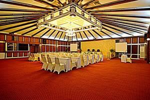 Inna Simpang Tunjungan Surabaya - Ballroom