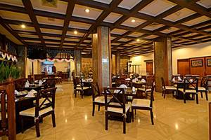 Inna Simpang Tunjungan Surabaya - Palapa Coffee Shop
