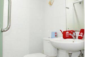 ZEN Rooms Setiabudi 15 Jakarta - Kamar mandi