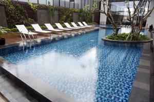 GAIA Cosmo Hotel Jogja - Kolam Renang
