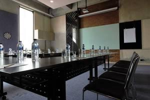 GAIA Cosmo Hotel Yogyakarta - Meeting Room