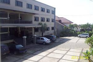 Hotel Augusta Valley Bandung - Hotel Building