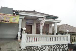 Losmen Setia Kawan II Probolinggo - Exterior