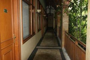 Le Aries Garden Boutique Hotel Bandung - Koridor