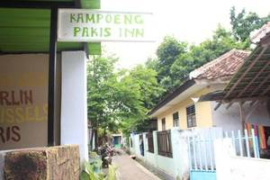 Kampoeng Pakis Inn
